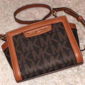 Michael Kors Selma Signature Mini Messenger Bag